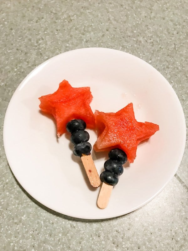 nut-free-4th-of-july-snack-fruit-food-allergy-parents