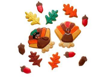 thanksgiving-peanut-free-cookie-elnis-pilgrim_turkey_cookies_with_autumn_leaves_acorns