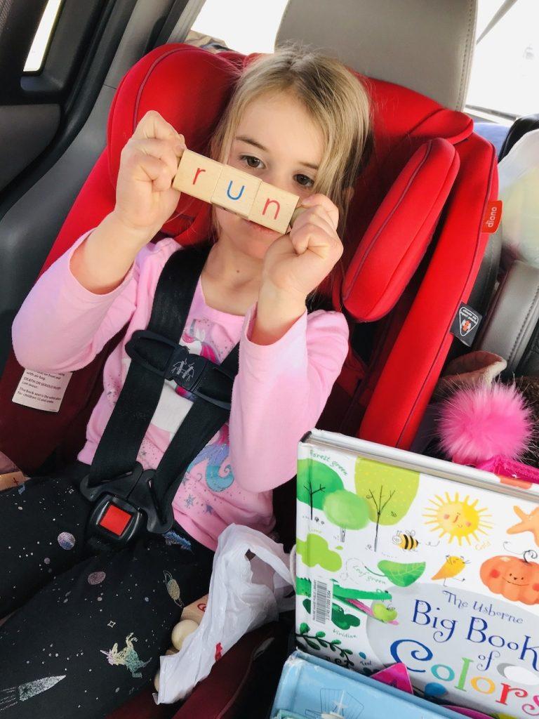 montessori-reading-blocks-phonics-practice-beginning-reader